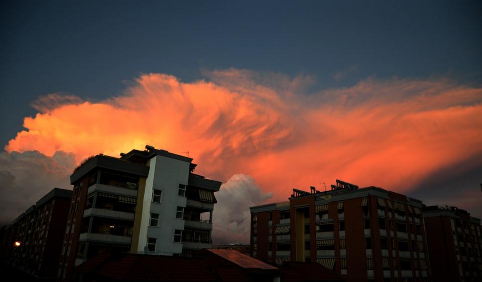 Tramonto in città a latina riflessi di un tramonto in citta tramonto in città frasi sull'amore e il tramonto dal tramonto all alba frasi immagini tramonto